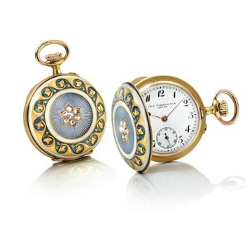 Este reloj colgante del siglo XIX de Tissot es una de las piezas más antiguas de la exposición.