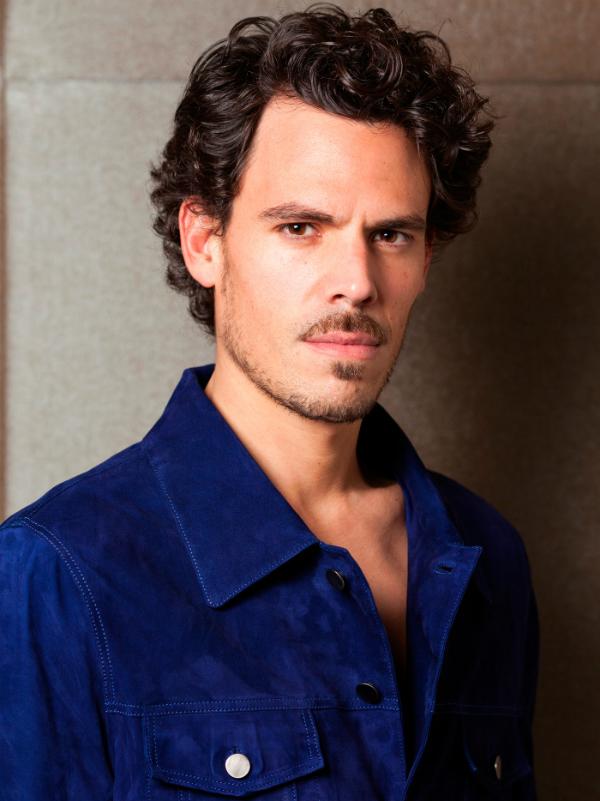 Juan Avellaneda, el hombre dispuesto a darle un giro a la moda masculina. Foto: Berta de la Presa